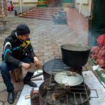 Рождественская ярмарка в Одессе: баварские сосиски и вкуснейший глинтвейн